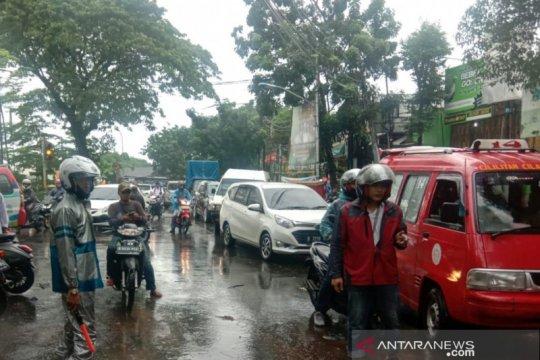 Berawan hingga hujan, ini prakiraan cuaca Kamis