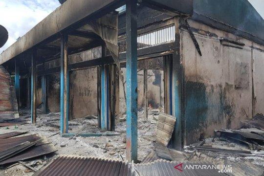 Polisi selidiki kebakaran menghanguskan 12 kios di Dekai