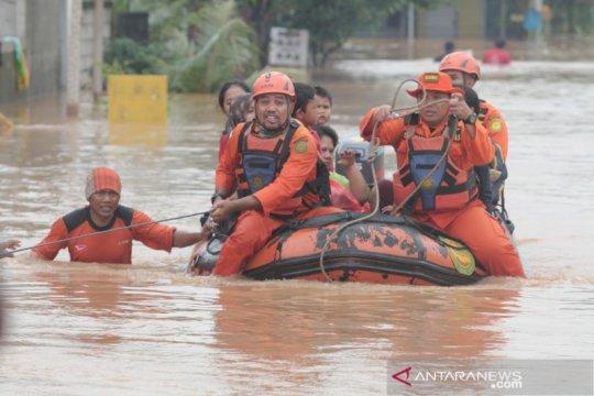Kerugian akibat banjir di Karawang diperkirakan lebih Rp3 miliar