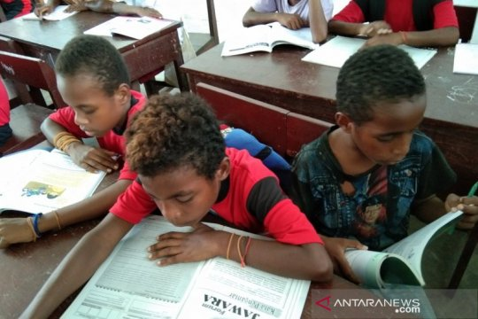 Tantangan meningkatkan budaya literasi warga di Papua
