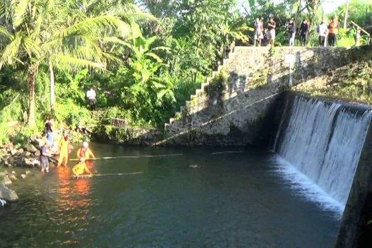 Operasi pencarian ditutup, total korban susur sungai 10 siswa