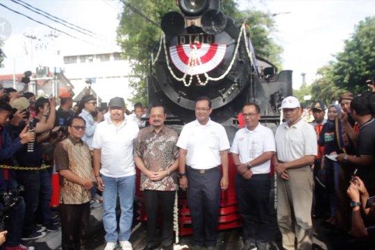 Solo punya wisata kereta kuno tipe satu-satunya di Indonesia