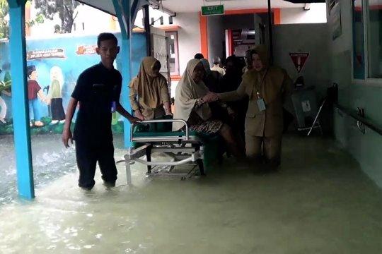 Meski banjir, pelayanan pasien di RSUD Kraton tidak terganggu