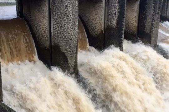 Katulampa Siaga IV, banjir Jakarta bukan kiriman