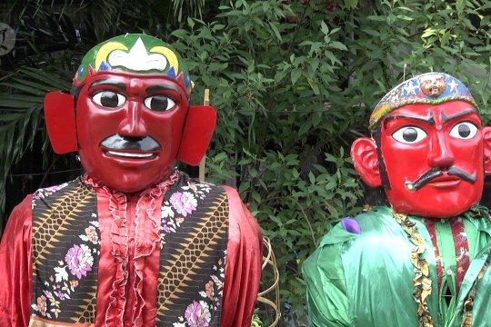 Pelarangan ondel-ondel ngamen untuk memperbaiki citra budaya Betawi