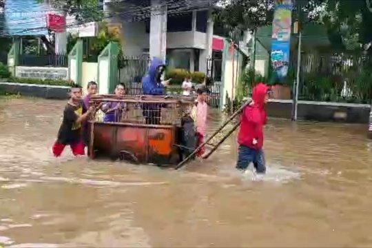 Diguyur hujan, kawasan Sawah Besar tergenang