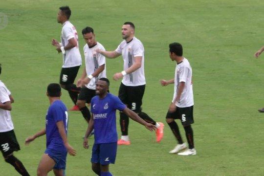 Arema FC – Persija bersaing jadi jawara grup B Piala Gubernur Jatim