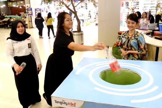 Pemkot Tangerang dan mall kolaborasi gelar sedekah sampah plastik