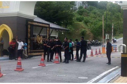 Raja Malaysia panggil anggota parlemen