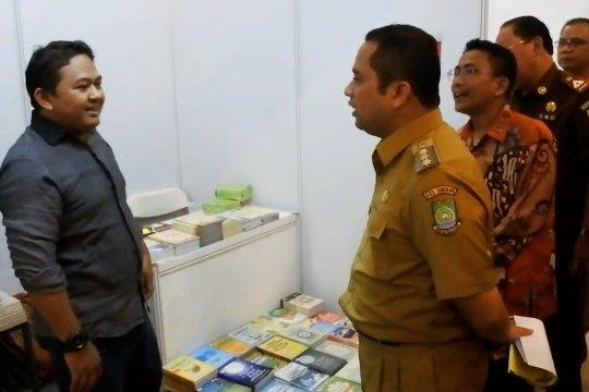 Tumbuhkan minat baca, Pemkot gelar festival buku