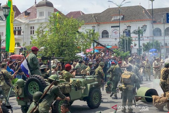 Parade Kebangsaan ajang sosialisasi SU 1 Maret hari besar nasional