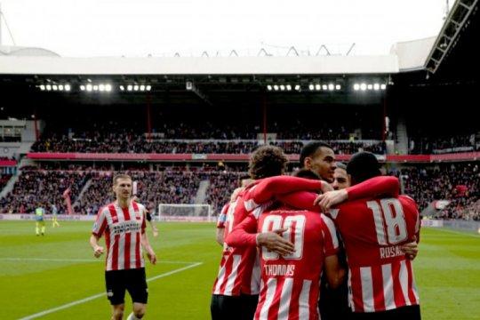 PSV berbagi satu angka dengan Feyenoord