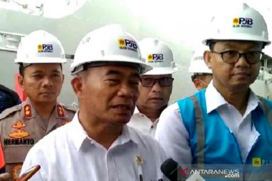 Menko PMK periksa kesiapan KRI dr Soeharso di Pelabuhan PLN Indramayu
