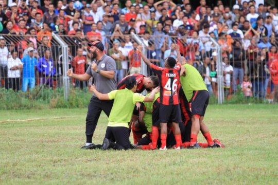 Persipura menang, Jacksen apresiasi dukungan warga Manado