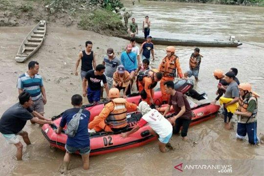 Korban tenggelam di Lahat ditemukan 10 kilometer dari lokasi