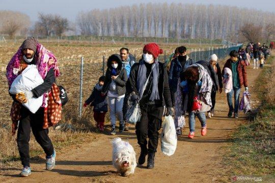 Migran berbondong-bondong menuju Yunani pascaTurki buka perbatasan