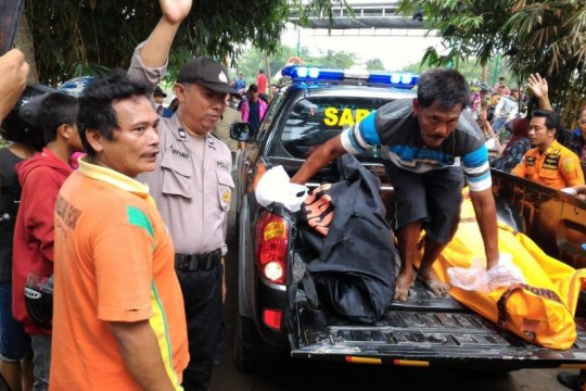 2 korban tenggelam di Sungai Brantas ditemukan