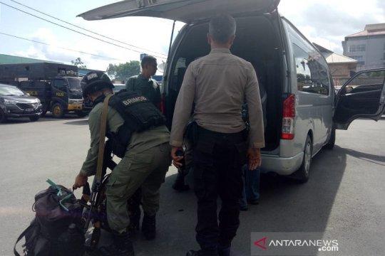 Polres Mimika kirim anggota perkuat Polsek Tembagapura hadapi KKB