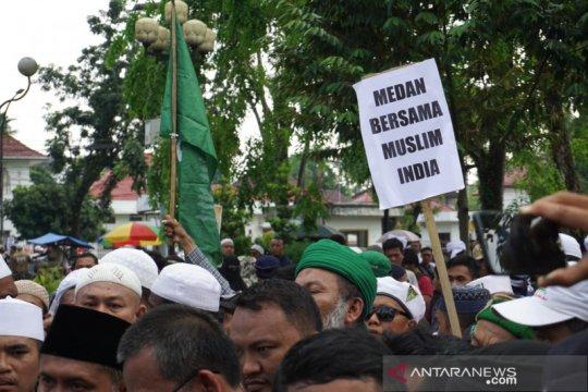 Massa di Medan ajukan 7 tuntutan di Konjen bela Muslim India