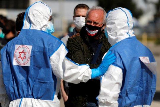 Staf terinfeksi corona, kabar Netanyahu belum jelas