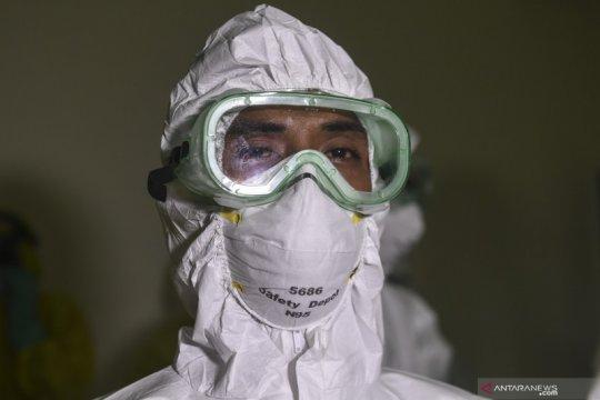 Dokter-paramedis diimbau IDI Kalbar bekerja sesuai SOP dan pakai APD