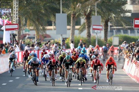 Dikarantina karena corona, manajer tim balap sepeda ancam mogok makan