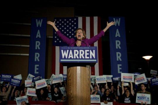 Elizabeth Warren mundur dari pertarungan capres Demokrat