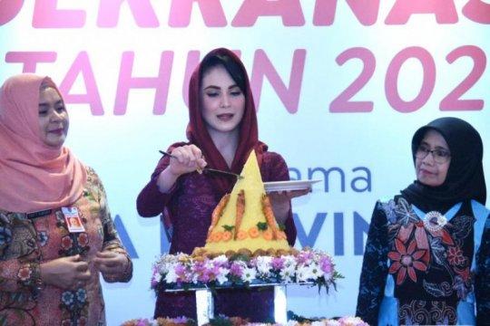 Arumi Bachsin harapkan Dekranas semakin sejahterakan perajin