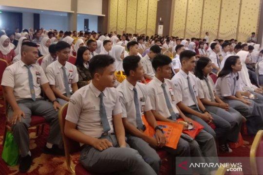 Siswa SMK se-Kota Pangkalpinang ikuti sosialisasi PT Kemenhub