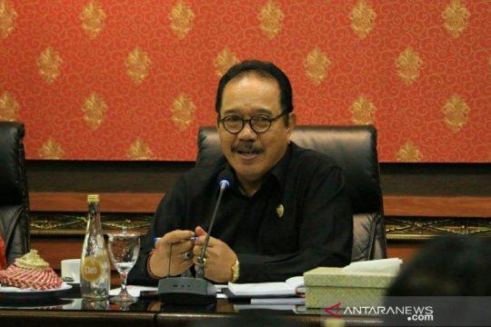 Wagub Bali: Potong masker bekas pakai agar tak disalahgunakan