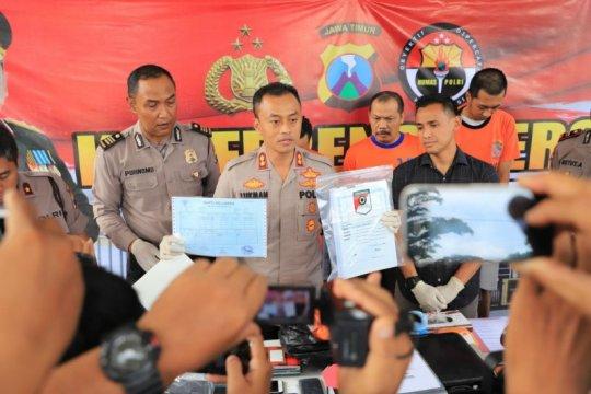 Polisi Kediri ungkap pemalsuan dokumen penerbitan paspor