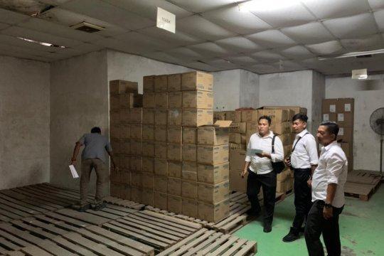 Polda Kepri gerebek gudang masker-hand sanitizer ilegal di Batam