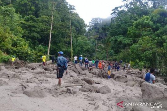 Tim SAR belum temukan korban banjir diLore Barat yang hilang
