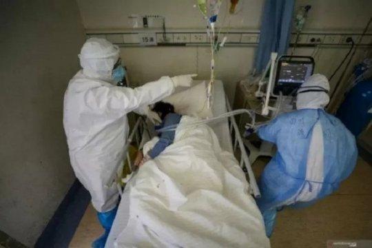 11 penumpang pesawat carter dari Iran terinfeksi corona