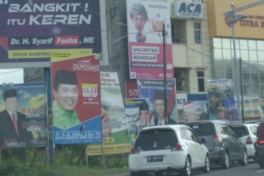 "Calon Gubernur Jambi beradu ""tagline"" tarik simpati warga"