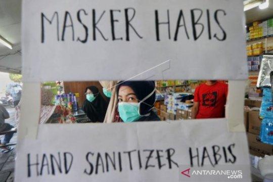 Pemerintah wajib tindak tegas penimbun masker dan bahan pokok