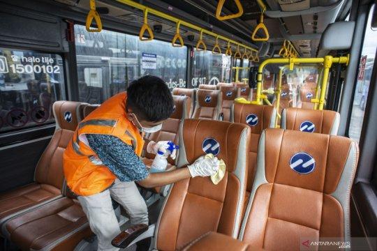 Cegah Corona, TransJakarta sediakan masker bagi pelanggan yang sakit
