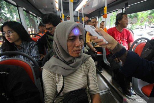 Fasilitas publik di Surabaya dilengkapi pengukur suhu tubuh
