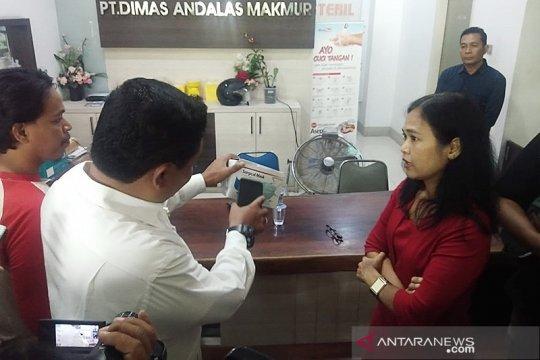 KPPU sidak gudang distributor masker di Medan