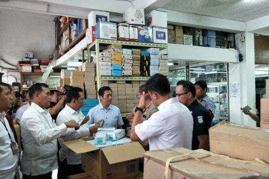 Kabareskrim pastikan ketersediaan masker di Pasar Glodok