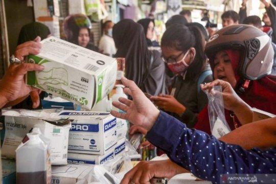 Ikatan Apoteker Indonesia Madiun minta apotek batasi pembelian masker