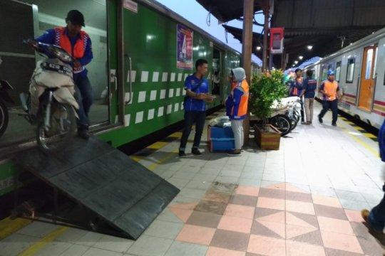 Kemenhub gandeng KAI selenggarakan angkutan motor gratis Lebaran 2020