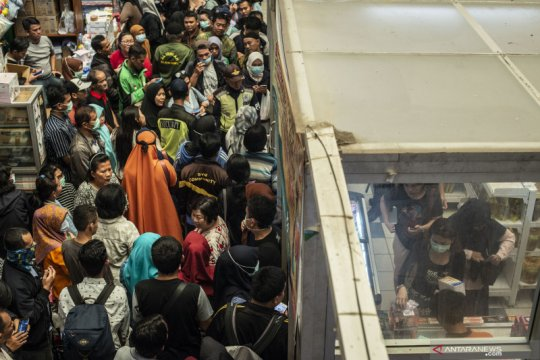 Operasi pasar masker Pemprov DKI Jakarta