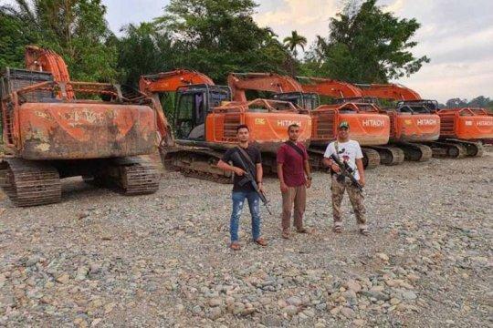 Polda Aceh tahan alat berat di tambang emas ilegal di Aceh Barat