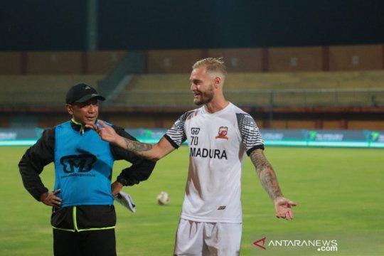 Jacob Pepper jalani latihan perdana dengan Madura United