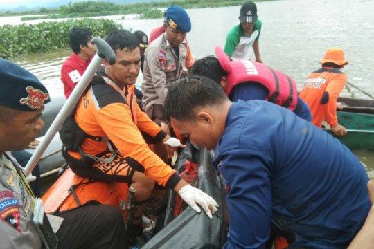 Basarnas Makassar evakuasi pencari ikan tenggelam di danau Perumnas