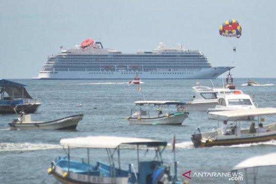 Keputusan izinkan penumpang Viking Sun turun, berdasar Dinkes Bali