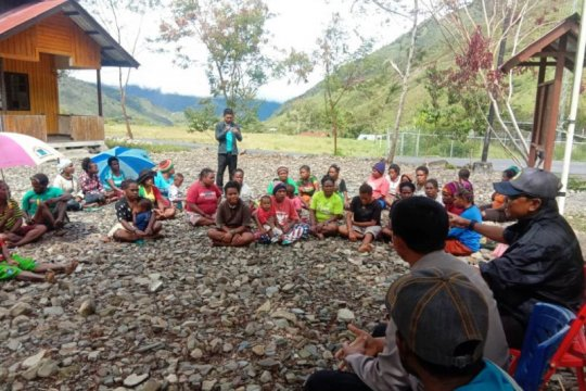 Polres Puncak Jaya gelar FKPM di Kampung Trikora