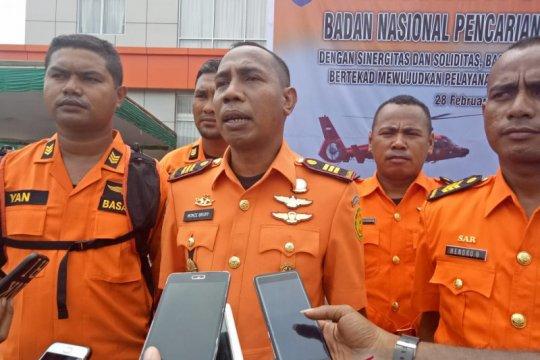 Tim SAR Asmat evakuasi penumpang perahu motor di Muara Uwus