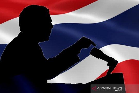 Partai oposisi dibubarkan, anggota parlemen Thailand gabung grup baru